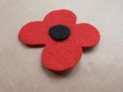 Pinless poppy badge/sticker